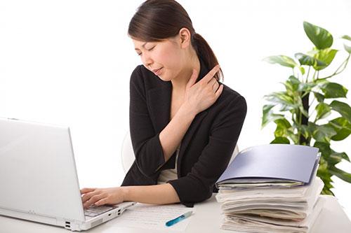 Phòng và điều trị đau vai gáy