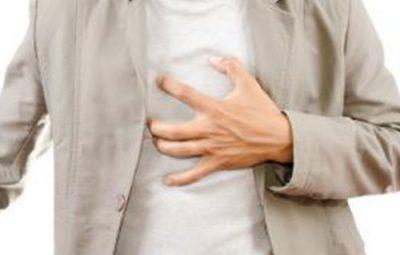 Hít sâu đau nhói thành ngực có phải bị bệnh tim