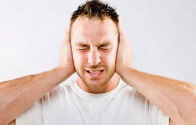 Buồn ngủ ù tai nặng đầu là dấu hiệu bệnh gì