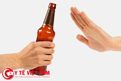 Rượu, bia tàn phá và làm suy giảm chức năng gan