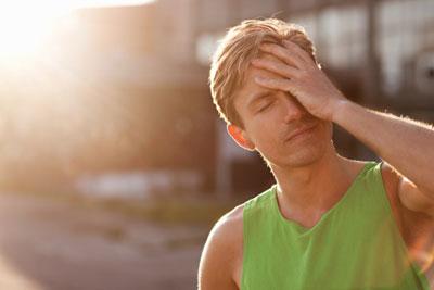 Mách bạn cách phòng và trị say nắng nhanh, hiệu quả