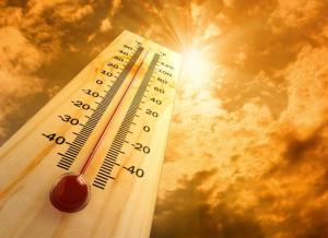 Thời tiết nắng gắt là điều kiện thuận lợi khởi phát chứng say nắng