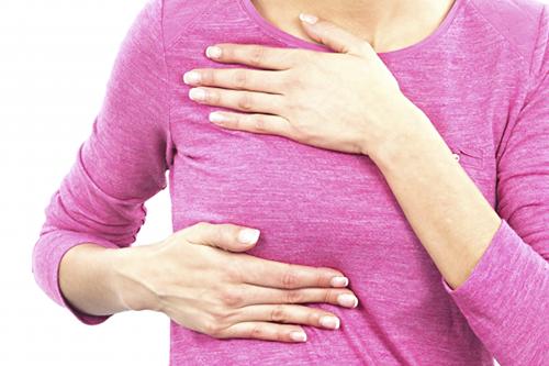 Phụ nữ ở độ tuổi trung niên thường hay gặp bệnh ung thư vú