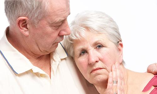 Cùng phòng ngừa bệnh ngoài da vào mùa đông cho người cao tuổi