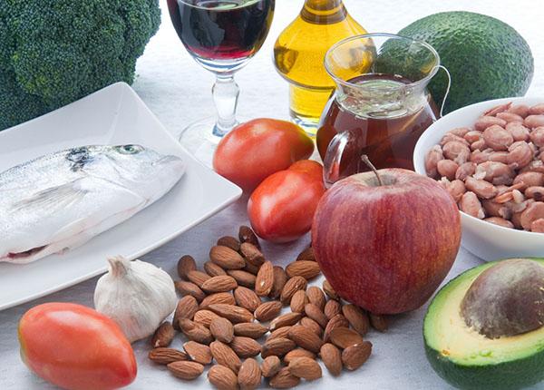 Những thực phẩm nào phòng chống tăng cholesterol ?