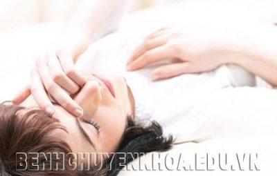 6 dấu hiệu cảnh báo nguy cơ mắc ung thư vòm họng