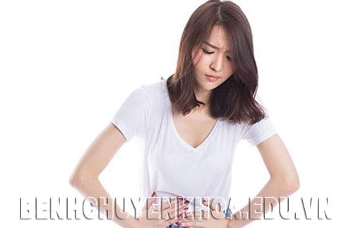 Bệnh viêm đại tràng mạn tính gây những cơ đau bụng âm ỉ