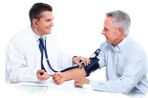 Cảnh báo nguyên nhân gây bệnh suy tim ở người già