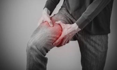 Cần làm gì để điều trị khi bị đau khớp háng bên phải ?