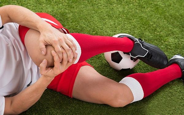 Chấn thương đầu gối khi nào cần đi khám bác sĩ?