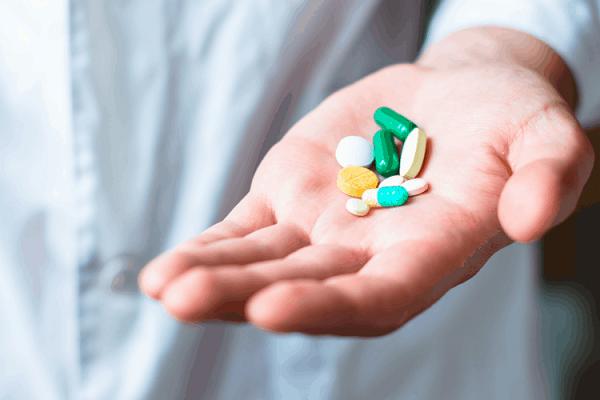 Không được tự ý ngưng sử dụng thuốc điều trị tăng huyết áp
