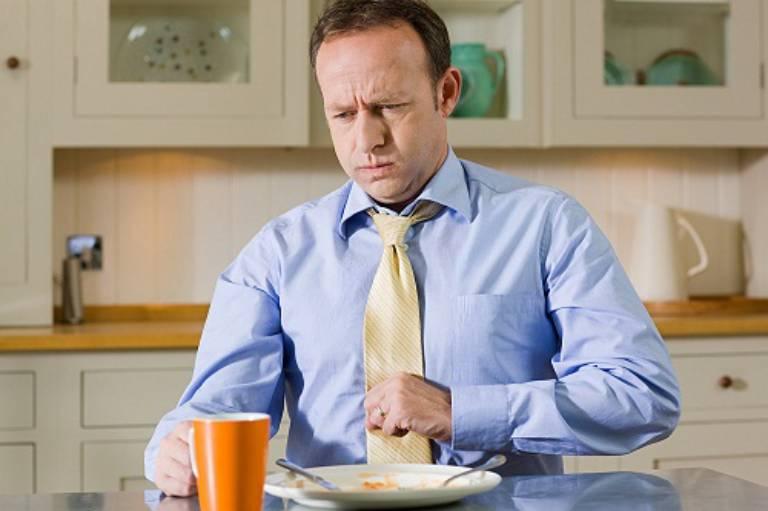 """""""Điểm mặt"""" 7 nguyên nhân khiến bạn bị đau bụng sau khi ăn"""