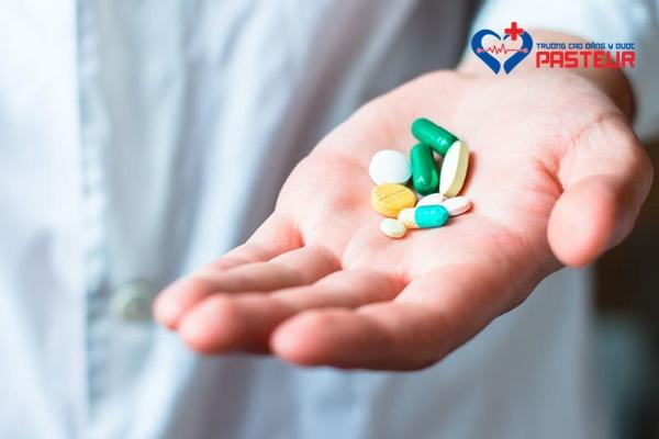 Điều trị bệnh động kinh bằng nội khoa
